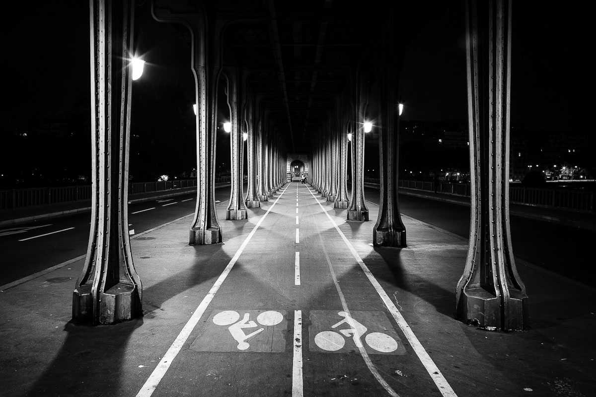 Pont Bir Hakeim Paris piste cyclable