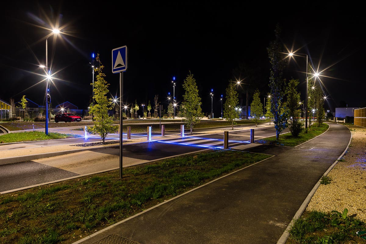 Eclairage public route et parking joue les tours