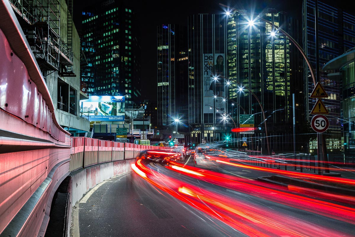 La défense eclariage public et trafic